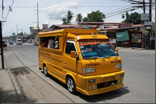 yellowjeepney.jpg